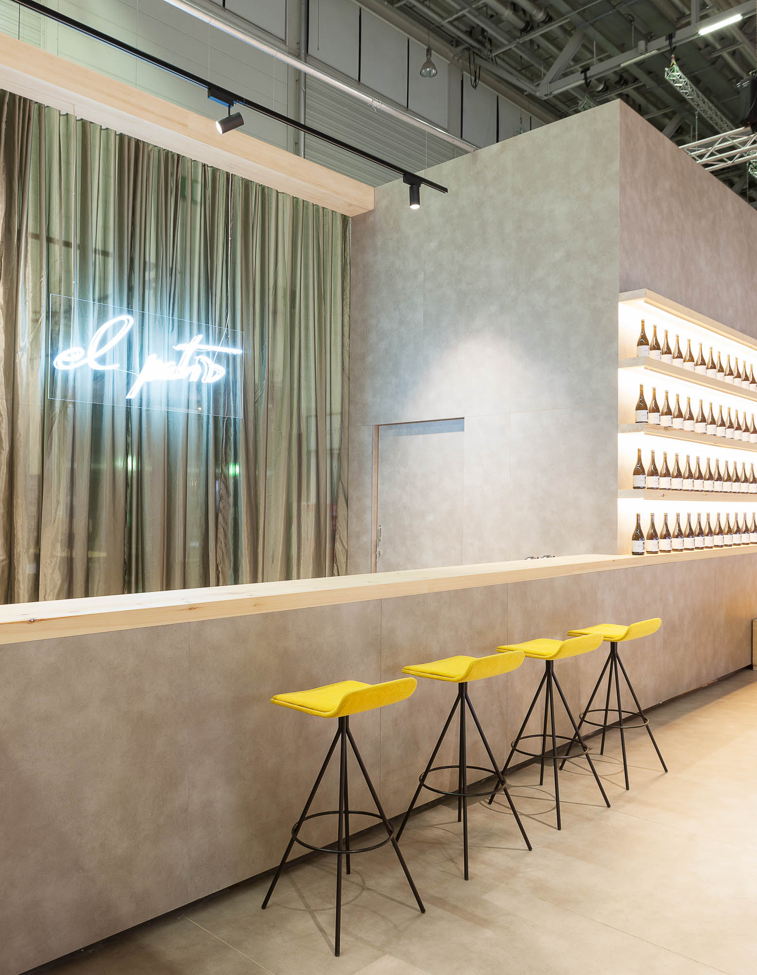 IMG_1805_Orgatec18_Forma5_181022-Edit_Retouched_LowRes